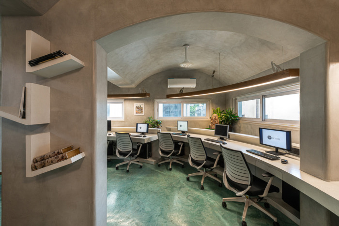 DE'CAVES BY CHITTE ARCHITECTS Offices – Vadodara