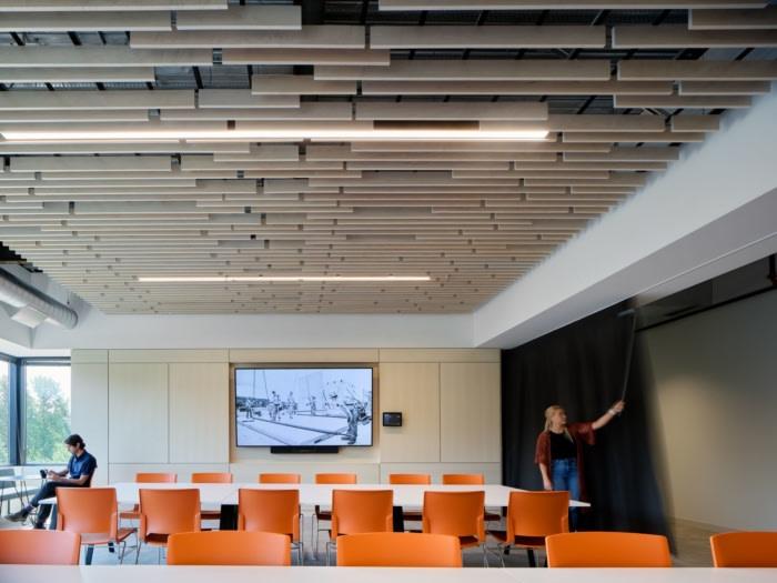 Pence Construction Offices – Lake Oswego